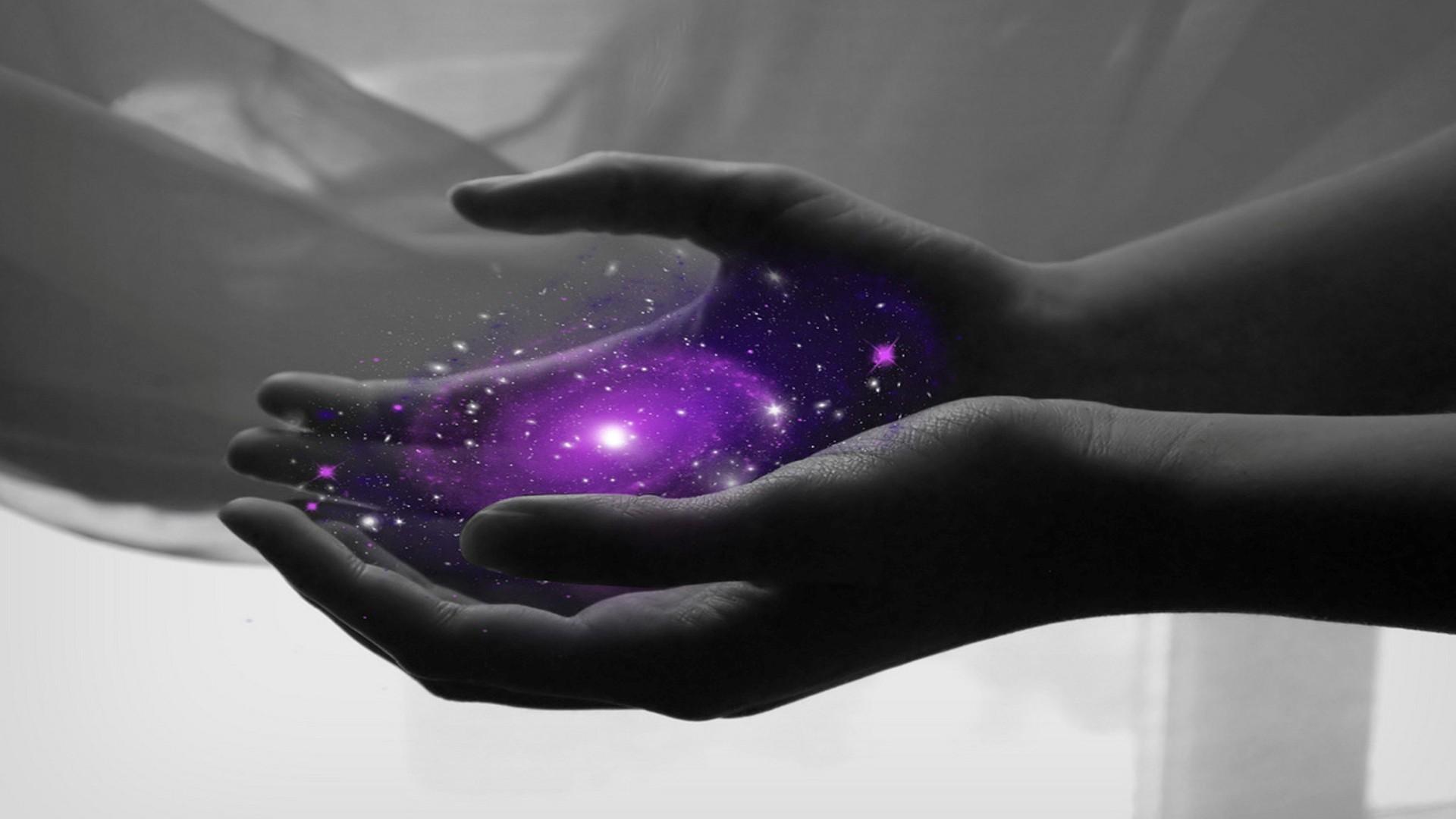 holding-a-galaxy-37731