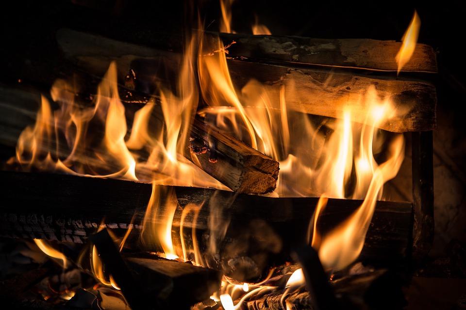 fire-3792951_960_720