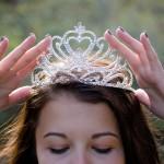 queen-2941437_960_720